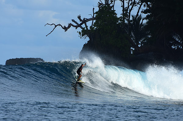 burgerworld-mentawai-indonesia